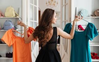 Как правильно стирать платье: о выведении пятен