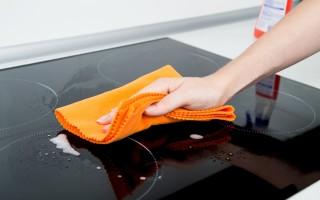 Правила ухода за домашней плитой: устранение жира и гари