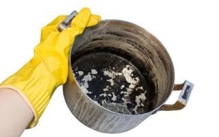 Правила ухода за алюминиевыми кастрюлями и чайниками