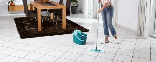 Как правильно вымыть плитку на полу от грязи
