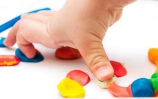Способы удаления пластилина с предметов домашнего обихода