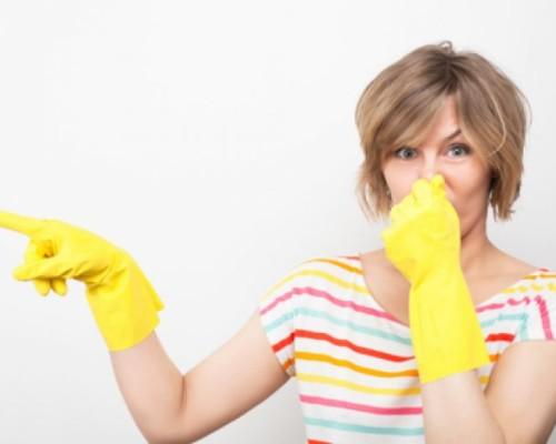 Как легко избавиться от неприятных запахов резины с различных предметов