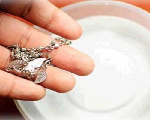 Как быстро и эффективно можно почистить белое золото