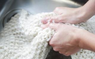 Как нужно стирать вязаную одежду в домашних условиях