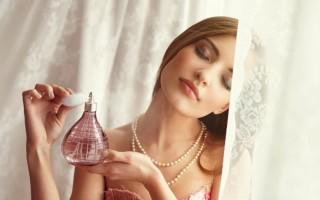 Устранение запаха духов с одежды, тела, волос и комнаты