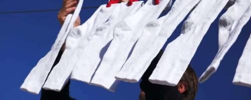 Как и чем можно отстирать носки белого цвета в домашних условиях