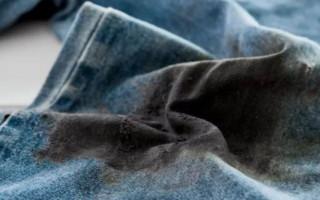 Как отстирать пятна мазута с одежды