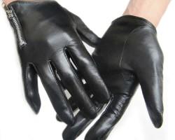 Как быстро и эффективно можно постирать перчатки из кожи
