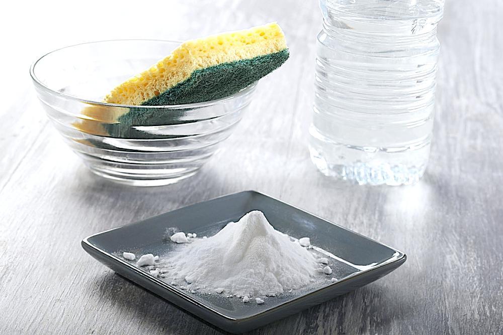 Мытье вытяжки содой и уксусом