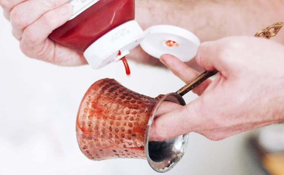Чистка меди кетчупом