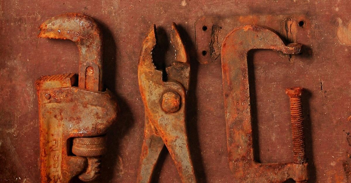Как очистить ржавчину с металла в домашних условиях