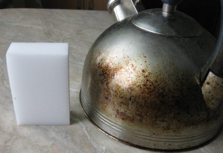 Как почистить чайник от жирного налета