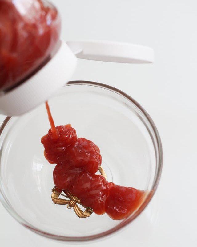 Как почистить серебро кетчупом