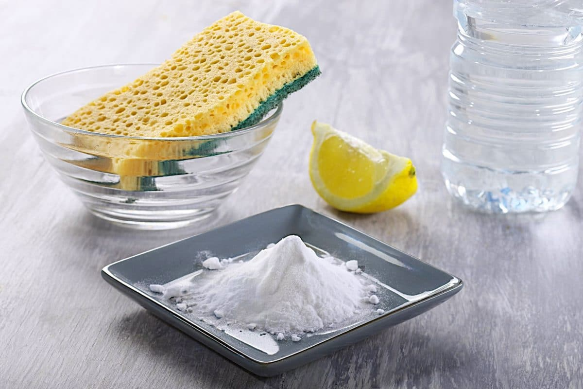 Как быстро помыть посуду содой