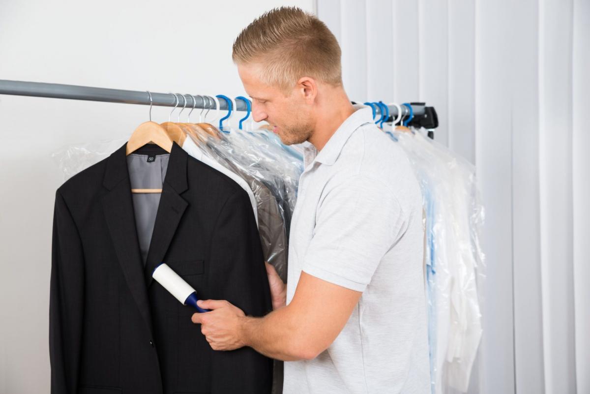 Как почистить пиджак в домашних условиях без стирки