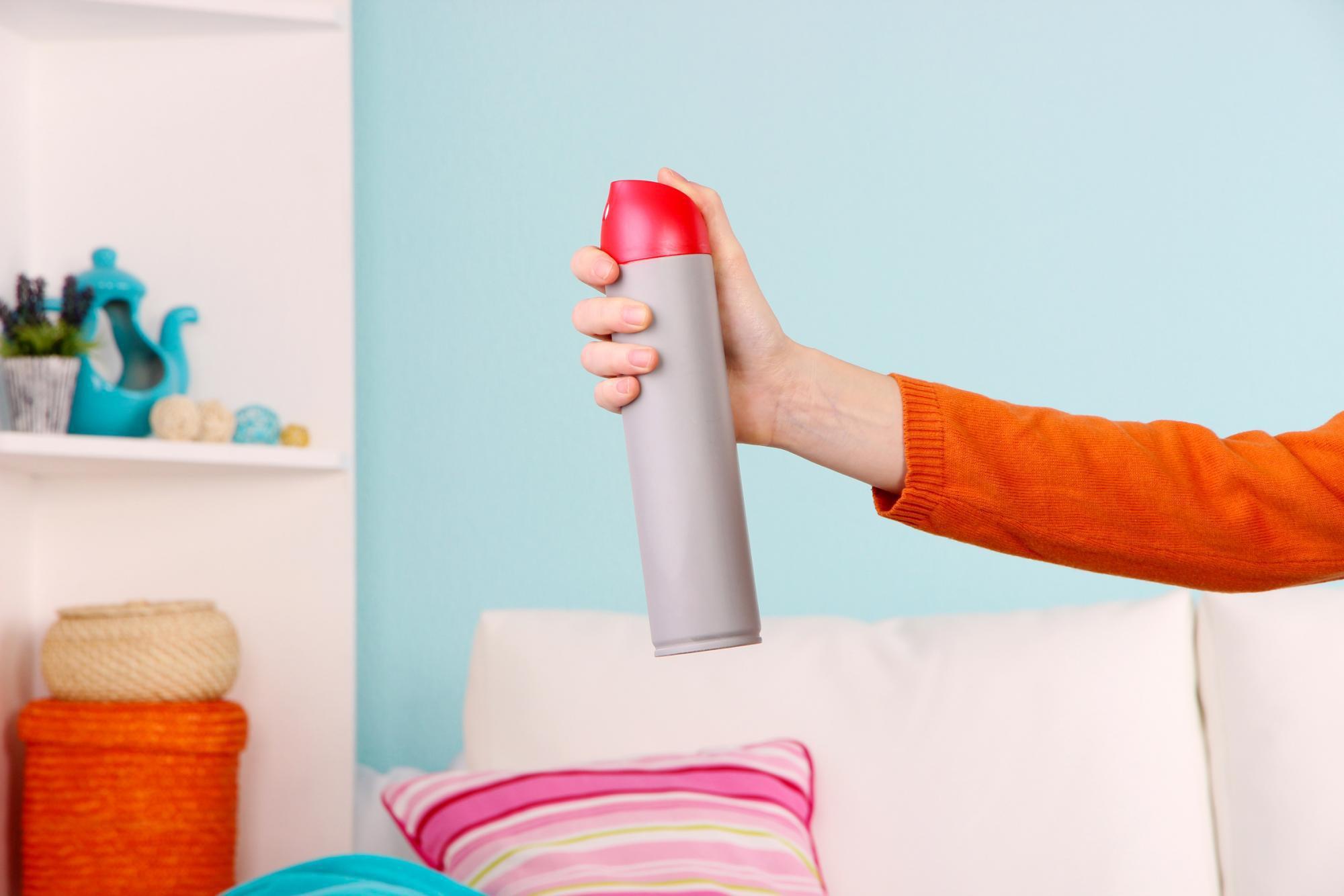 Как избавиться от запаха краски в квартире после покраски освежителем воздуха