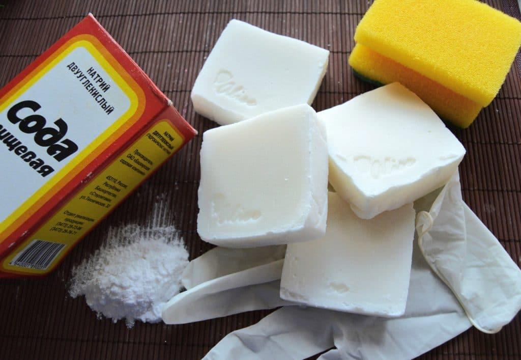 Как отмыть кухонный гарнитур от жира мылом и содой