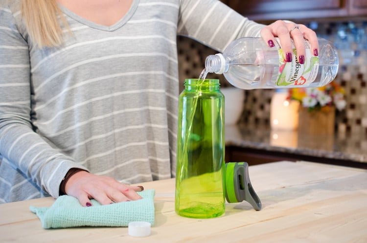 Как отмыть бутыль от масла уксусом
