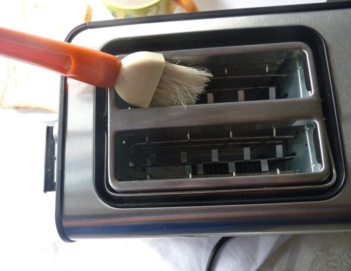 Как почистить тостер сверху