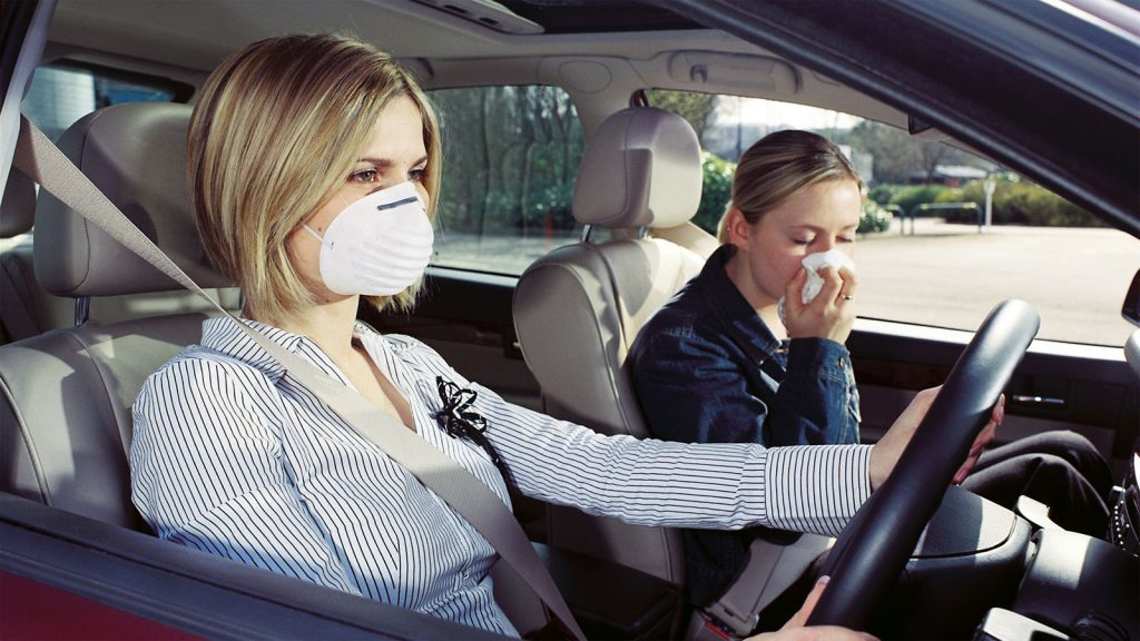 Неприятный запах в салоне авто