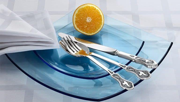 Очистка столовых приборов лимоном