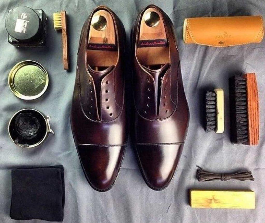 Инструменты для чистки обуви